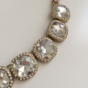 Ann Taylor rhinestone necklace