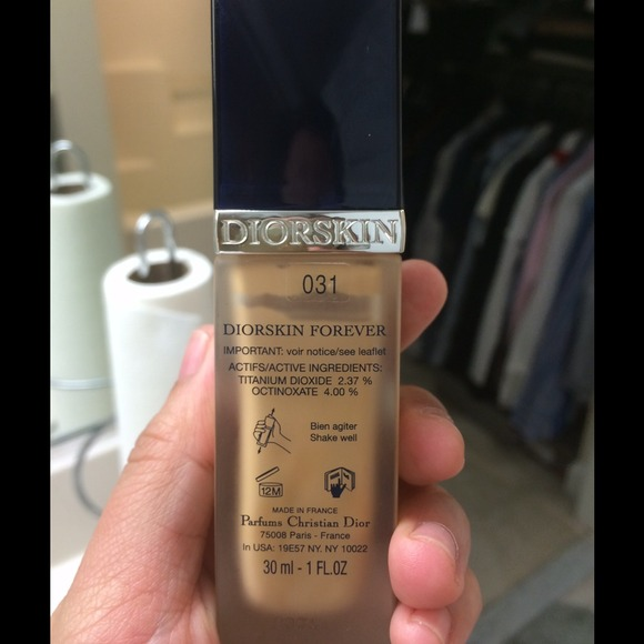 59 off dior other diorskin forever foundation from yvonne 39 s closet on poshmark. Black Bedroom Furniture Sets. Home Design Ideas