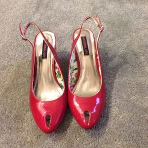 Material Girl Shoes - Red kitten/ mid heel red pumps, Material Girl