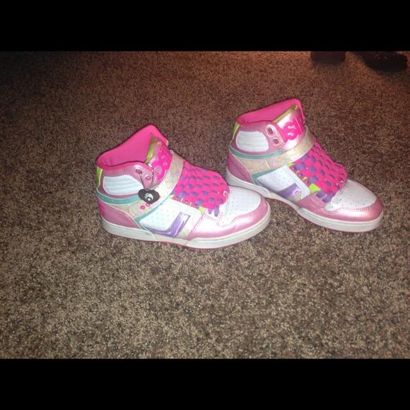 48851cc16a0 Osiris Shoes   Reduced Style Bronx Slim Girls   Poshmark