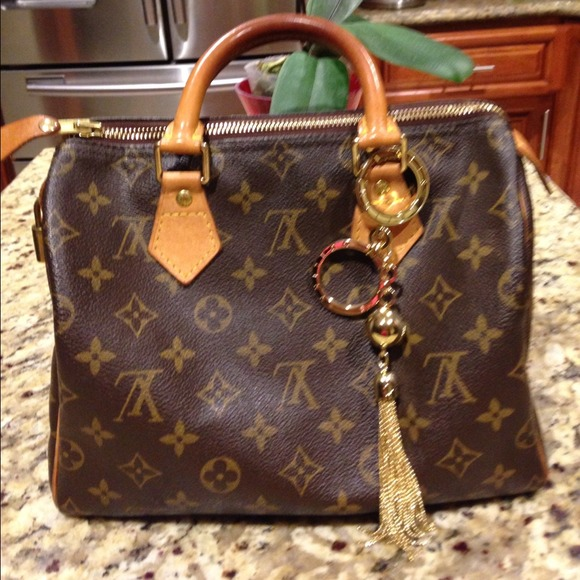 8040d8b1c275 Louis Vuitton Handbags - 🌺final reduction !!!🌺authentic LV speedy 25🌺