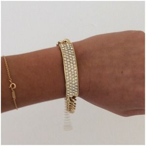 bloomingdales Jewelry - Bloomingdales crystal bracelet