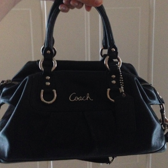 79% off Coach Handbags - REDUCED Black coach purse from ...