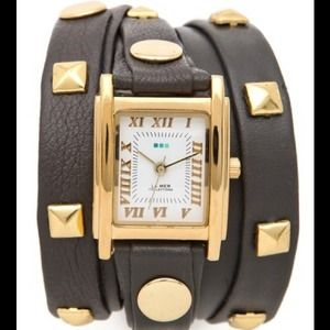 La Mer Jewelry - NWOT LA MER Collections Pyramid Stud Wrap Watch