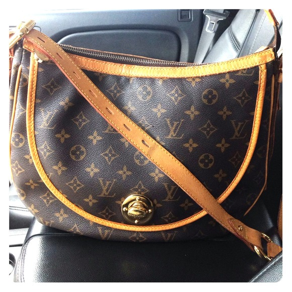 d65f1ded672f Louis Vuitton Bags | Sold On Tradesy Tulum Gm Authentic | Poshmark