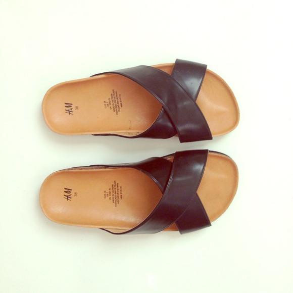 7cc66162da89 H M Shoes - Birkenstock inspired sandals