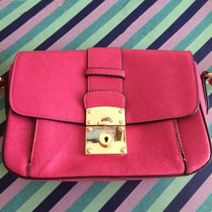 Melie Bianco Bags - hot pink bag 👛