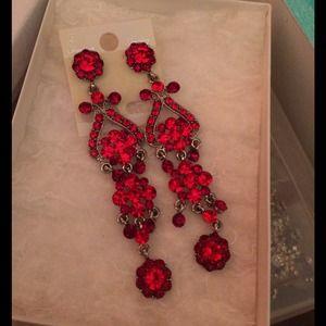 Jewelry - Red formal dangle earrings