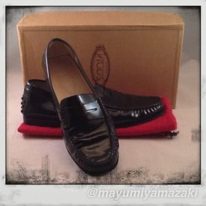 Tod s Shoes   Jp Tods Pellame Black Patent Leather Loafers   Poshmark 9ad3bd89bb7