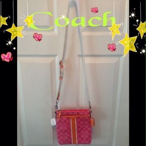 ♣️♦️💯COACH pink cross body ♦️♣️