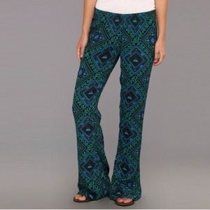 Volcom Pants - Volcom Day and Night Printed Pant
