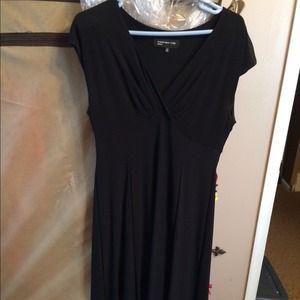 Jones New York Size 12 Black Dress