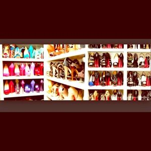 Shoes shoes shoes!!!! I added tons of new heels!