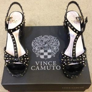 VINCE CAMUTO black & gold studded wedges