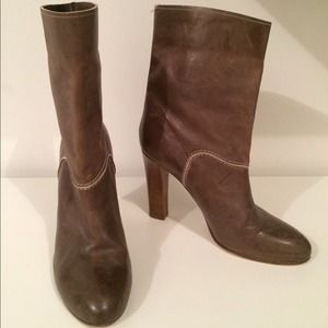 Chloe distressed leather camel boots