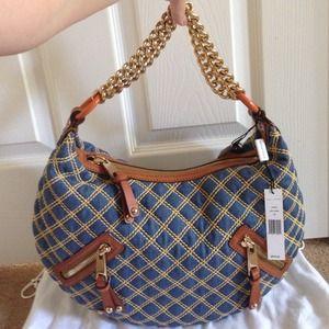 Marc Jacobs Handbags - 🎉Sale🎉NWT Marc Jacobs Hobo Banana style handbag