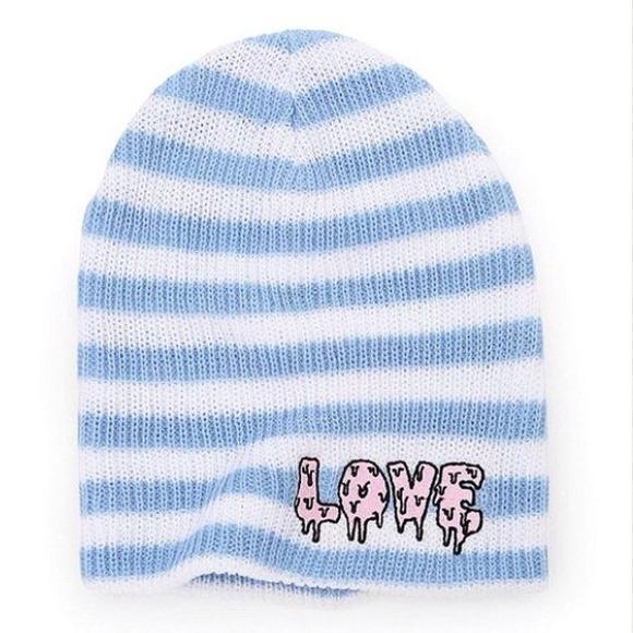 NEW Kendall   Kylie Pacsun Neff LOVE Beanie 986e0cb8a10