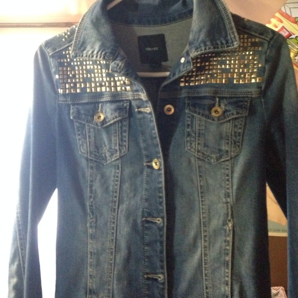 50% off Forever 21 Jackets &amp Blazers - Jean jacket with gold studs