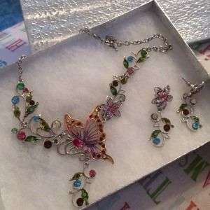 Jewelry - Butterfly and Flower Necklace & Earring set