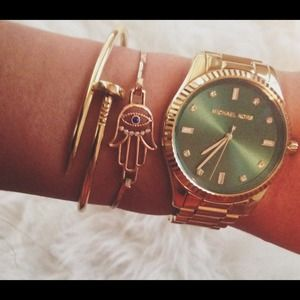 Accessories - Screw Nail Bracelet Cartier inspired Gold