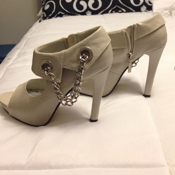Dereon Shoes Beige Open Toe Boots Poshmark
