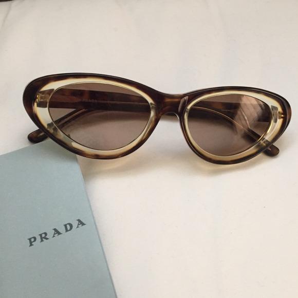9f15a6fca44 Authentic Prada cat eye sunglasses vintage. M 5436e6552662030561009d3f