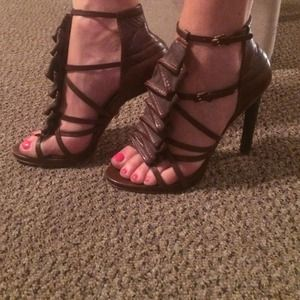 L.A.M.B Rhett heels, Brown Leather