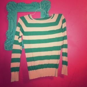 Green striped sweater with front pocket