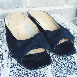 Salvatore Ferragamo Black Bow Flats