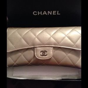 100% Authentic CHANEL Wallet