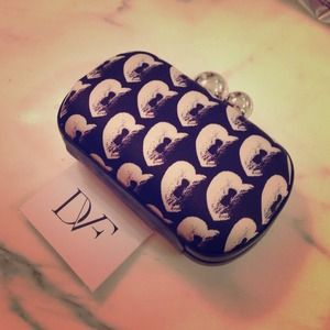 ⚡️$135 HOST PICK DVF sphere minaudière clutch