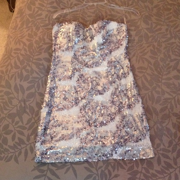 WINDSOR - **reduced** White and silver sequin party dress!! from ...