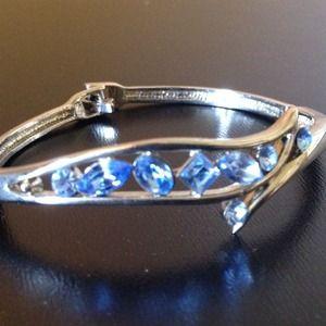Pretty Blue Jeweled Bracelet - Will Bundle