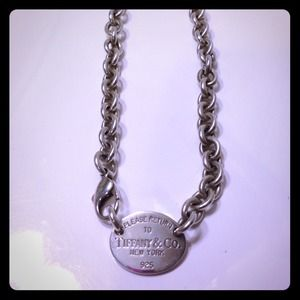 🎉Sale 💎Tiffany & Co necklace.