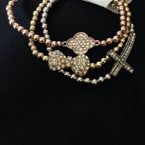Jewelry - Trendy 3 bracelet set.