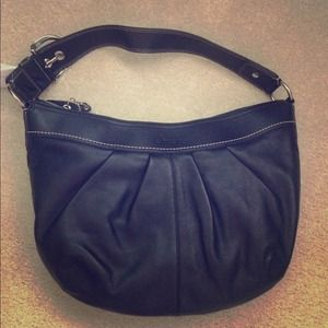 BNWT LARGE HOBO black leather coach bag