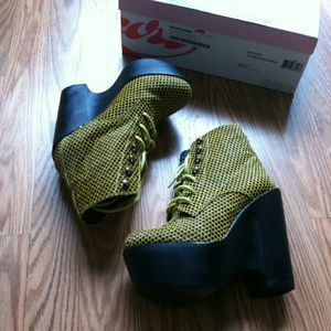 Jeffrey Campbell Tardy hearts