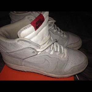 Nike Shoes -  COLLECTORS EDITION  Pee Wee Herman Dunk  Damaged  0502888f68