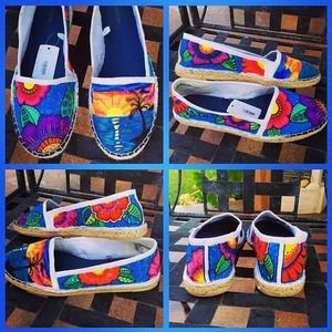 Shoes - 🎉HP🎉Tropical Hand Painted shoes☀️