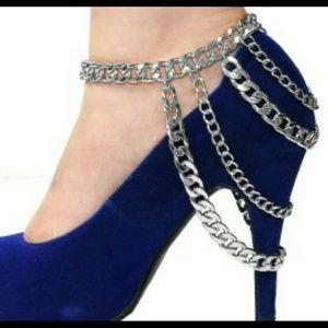 Silver heel chain