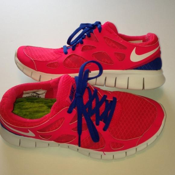 cheaper e19ef 98b4c Nike Free Run 2 Neon Pink   Blue Sneakers Shoes 8.  M 53e4e22d32fe144f8e052afb
