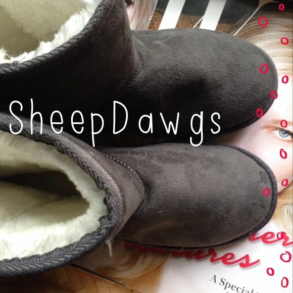 ed917c987c5 SheepDawgs Microfiber Boots - Grey NWT
