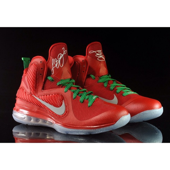 Christmas Lebron 9s.Where To Buy Nike Lebron 9 Christmas Edition 0ab4d 06898