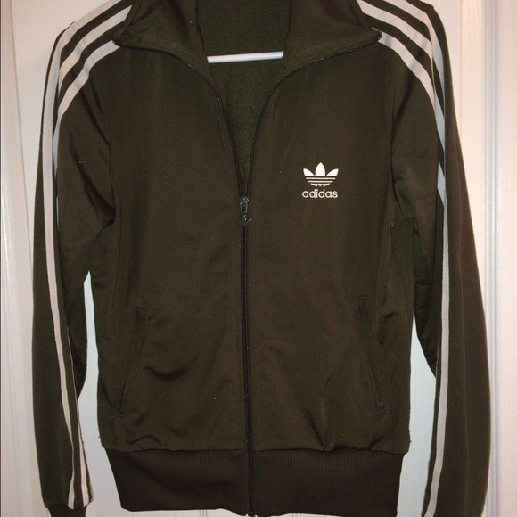 99d0c743 Hunter green authentic Adidas track jacket