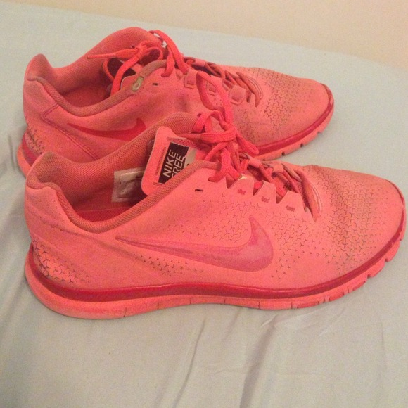 60 nike shoes neon pink nike free running shoes
