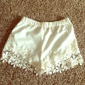 Zara Other - ✨ZARA✨NWOT White Shorts