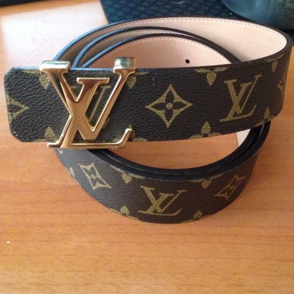 huge selection of d8aa0 400aa Louis Vuitton belt men fits size 32-36 new