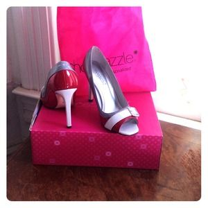 Red, white and gray patent leather buckle pumps