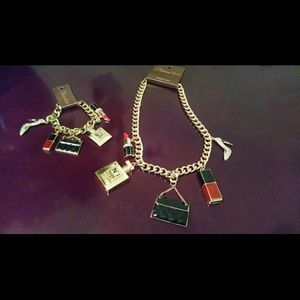 Queen Glam Charm Set