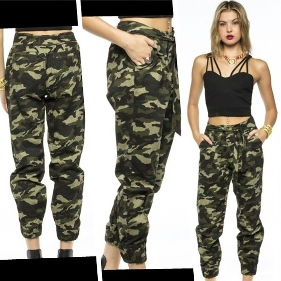 Perfect 31 Wonderful Jogger Pants Camouflage For Women | Sobatapk.com